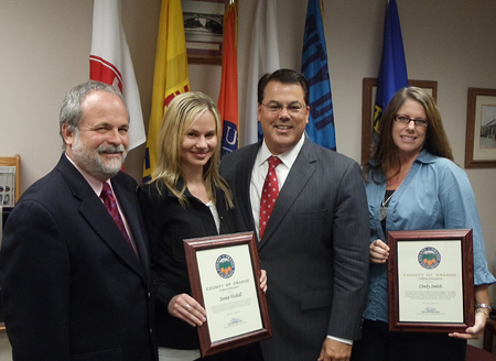 Supervisor Nelson presented Certificates of Recognition to Cindy Smith and Janice Voshall.